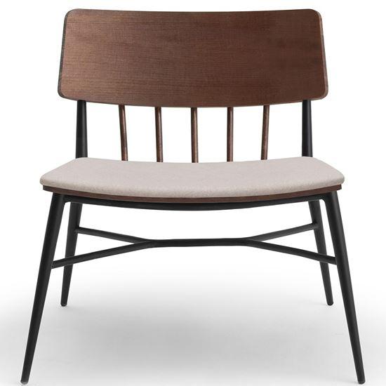Naika spindle lounge chair