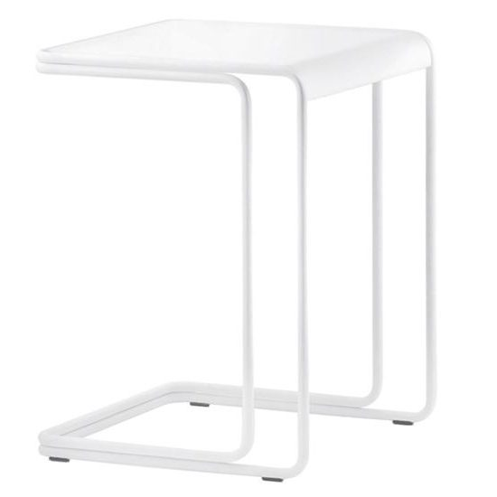 5900 side table