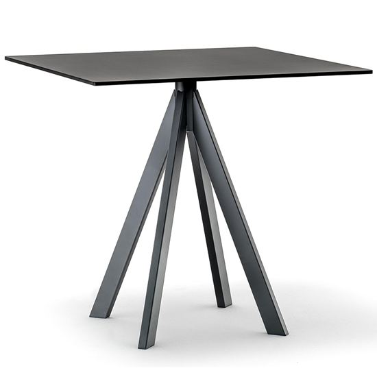 Arki 4 table
