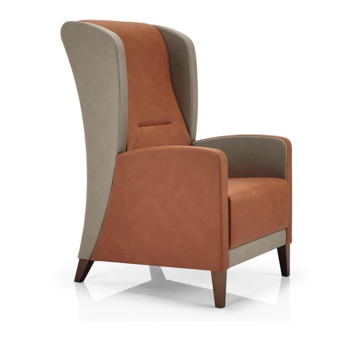 Range lounge chair
