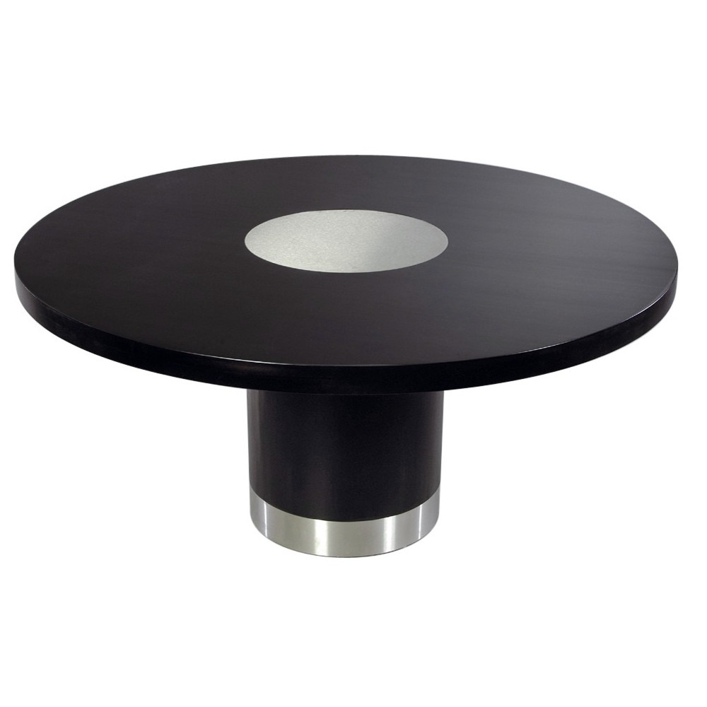 Queen Round Table