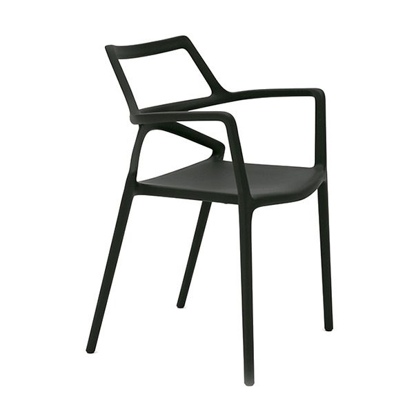 Delta armchair